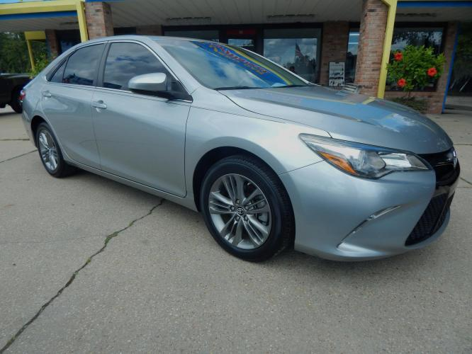 2016 Silver Metallic /Charcoal Toyota Camry XSE (4T1BF1FKXGU) with an 2.5L L4 DOHC 16V engine, 6-Speed Automatic transmission, located at 3120 W Tennessee St, Tallahassee, FL, 32304-1002, (850) 575-6702, 30.458841, -84.349648 - Photo #0